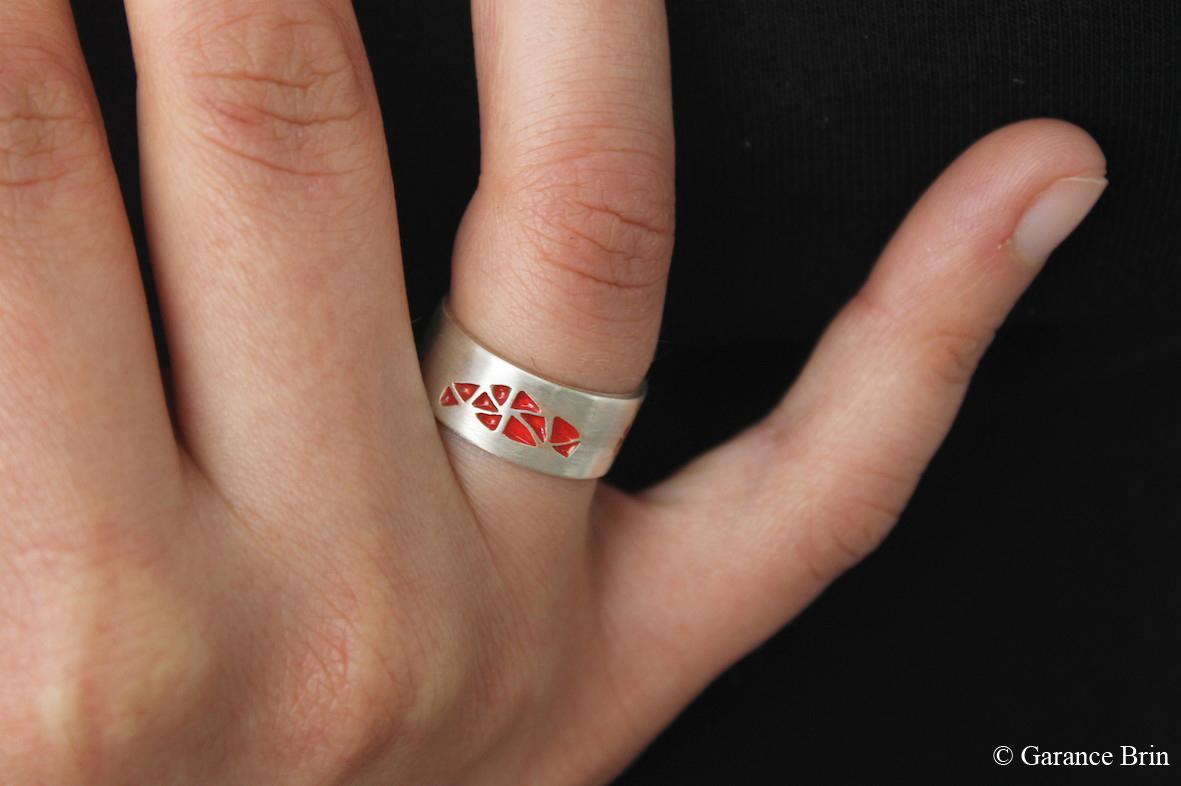 Bague toile d'émail / Argent et émail de la créatrice de bijoux Garance BRIN