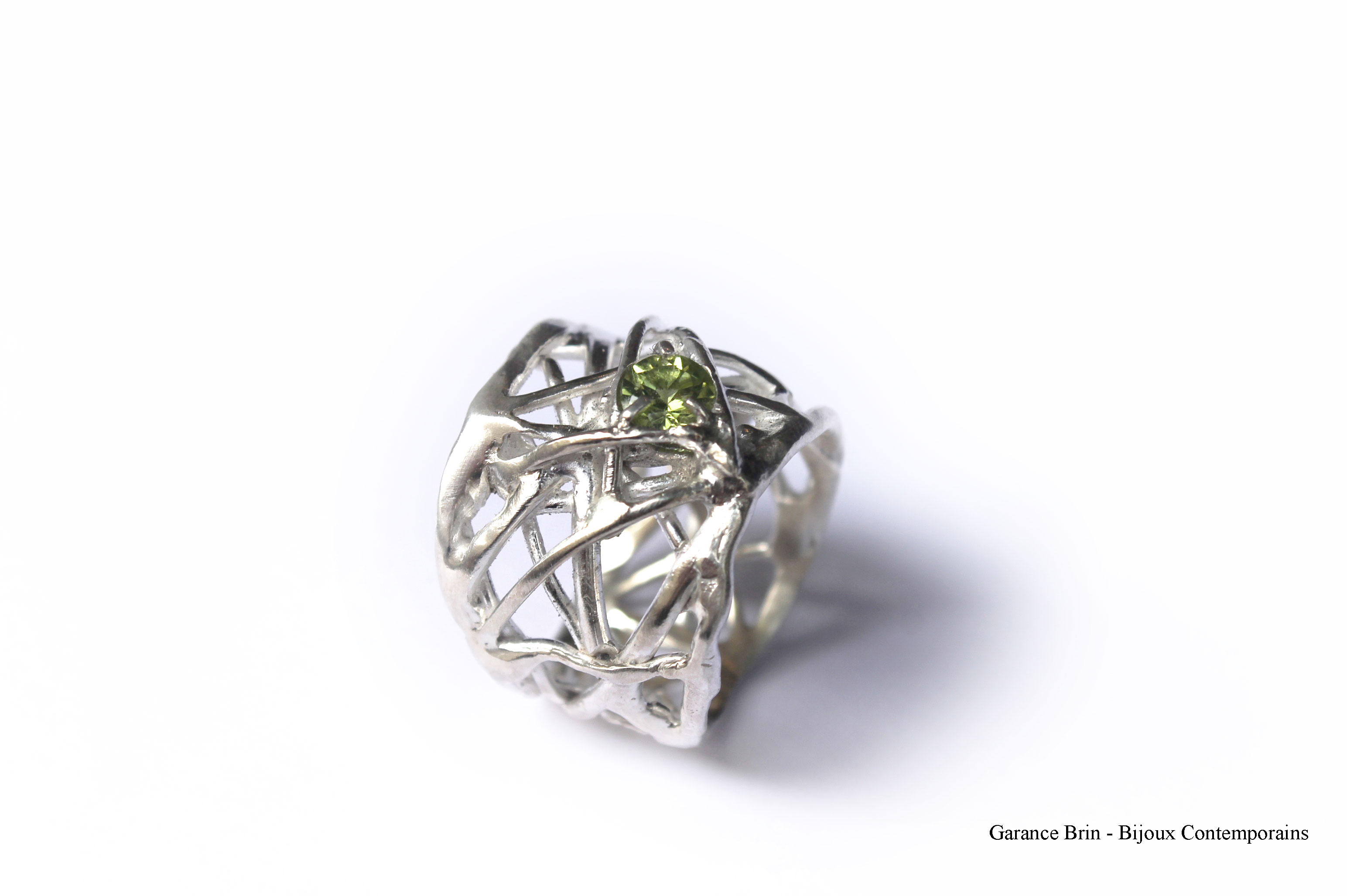 Bague brut joaillerie - argent, péridot - Bijoux contemporains Garance BRIN