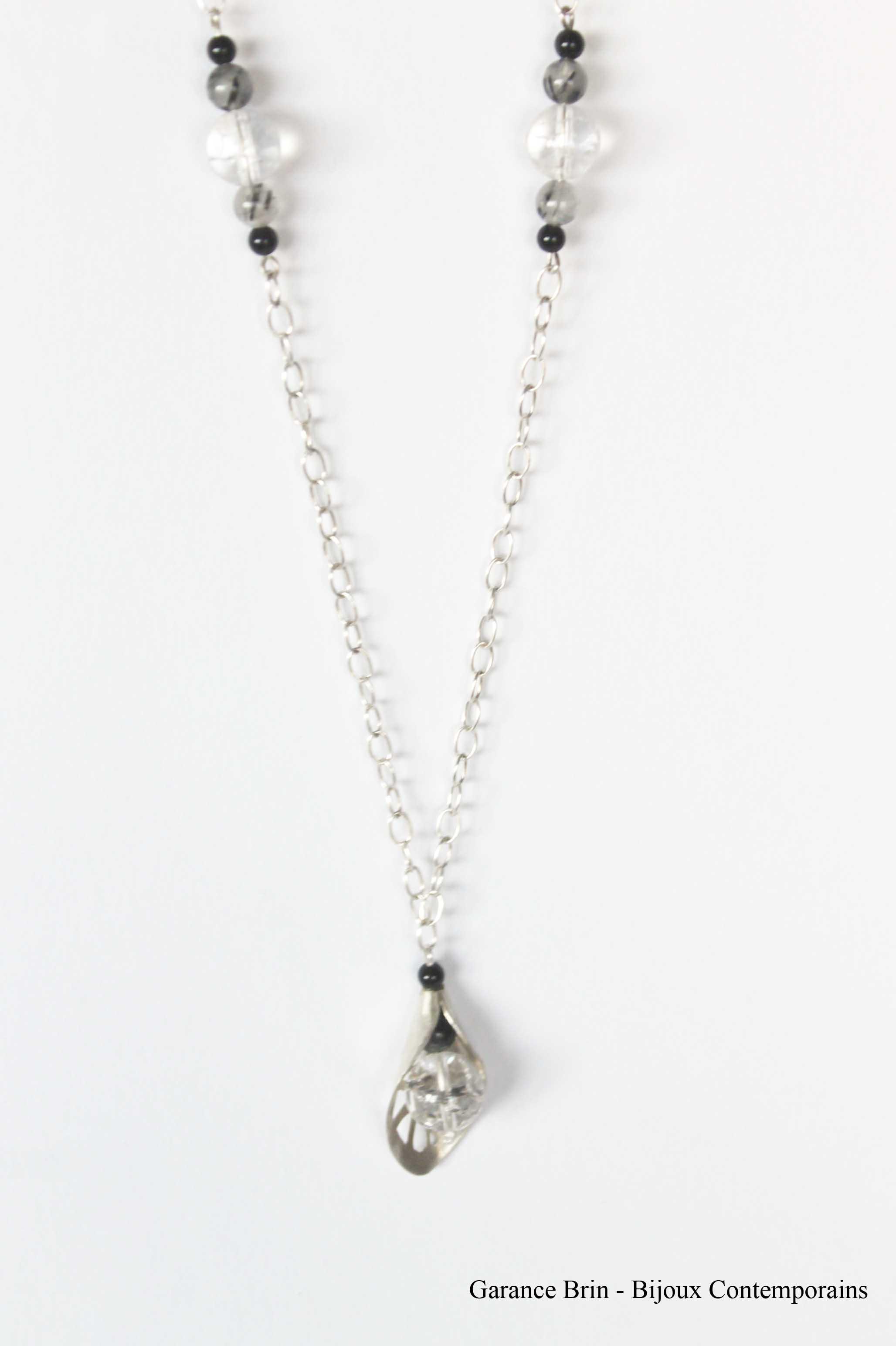 Sautoir feuille de toile - onyx, cristal de roche, Argent Bijoux Contemporains Garance BRIN